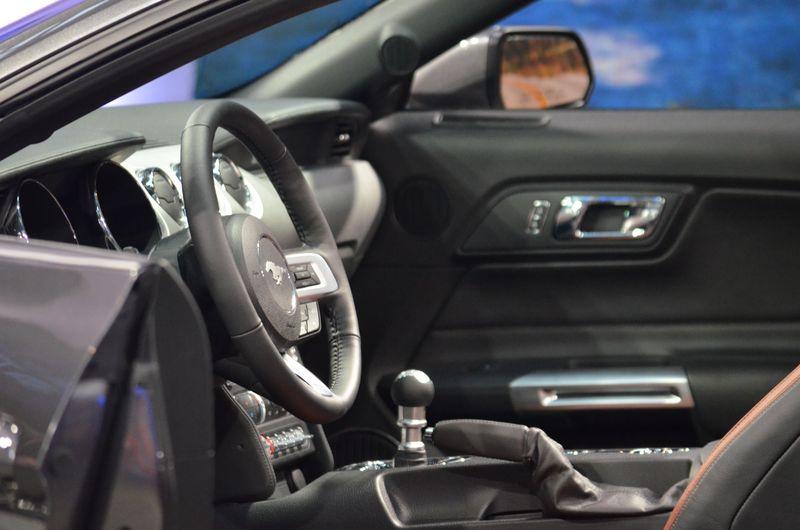 Ford Mustang 2015 Interior